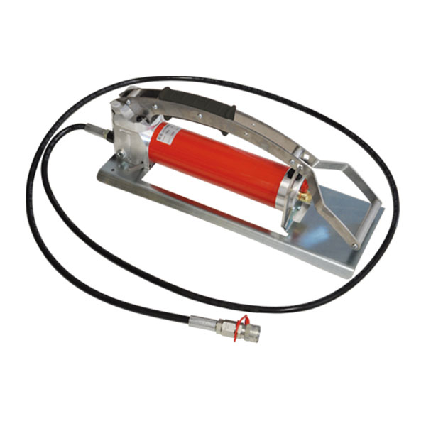 Outillage electricien pompe a pied FPI70S EC Intercable